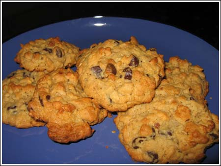 cheerio chocolate chip cookies.jpg