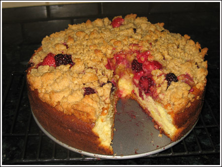 three berry crumb cake frozen berries.jpg
