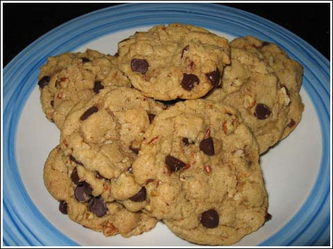 Maple-Pecan Chocolate Chip Cookies