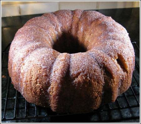 It's 5:00 Somewhere — Brown Sugar Bourbon Pound Cake