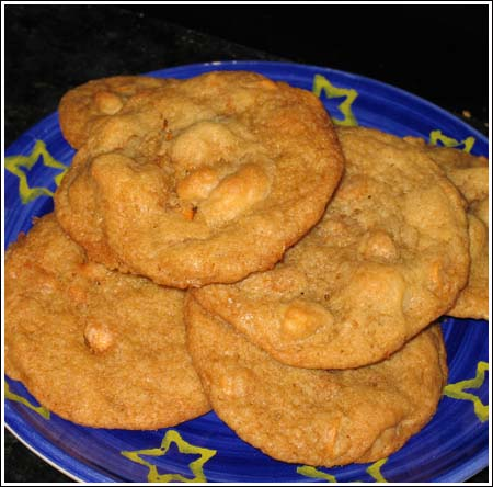 Browned Butter Macadamia Butterscotch Cookies - Cookie Madness