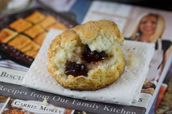 Biscuit with Jelly