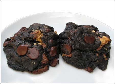 Giant Dark Chocolate Cookies with Peanut Butter Chips
