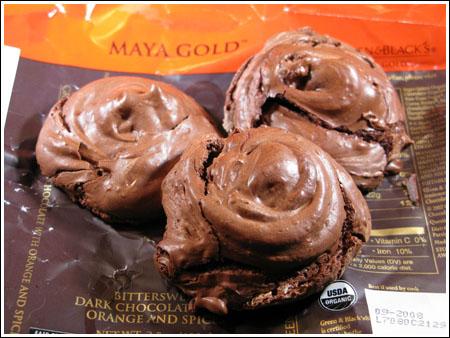 Maya Gold Cookies Chocolate Crackle Tops