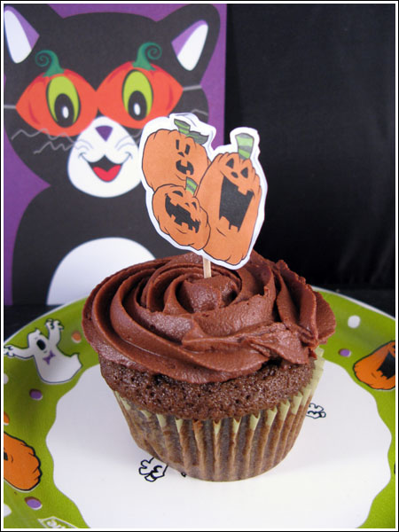 Halloween Chocolate Mocha Cupcakes