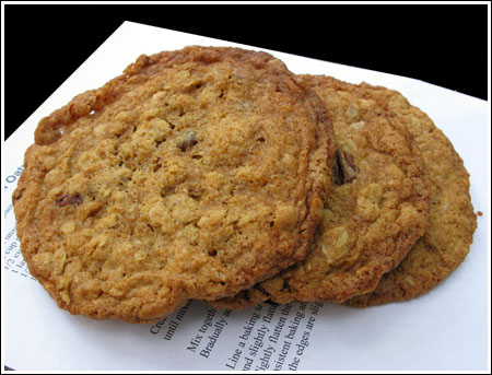 Big Oatmeal Cookies
