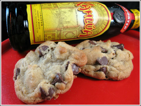 chocolate-chip-cookies-with-kahlua