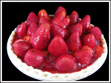 Glazed Strawberry Pie with Cream Cheese
