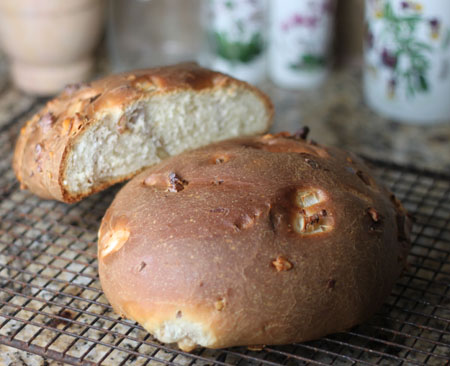 Yeasted Burgundy Walnut Bread