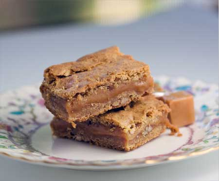 caramel filled blondies