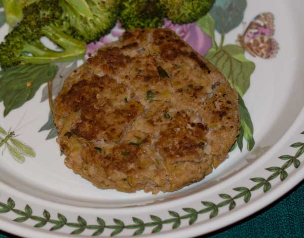 Veggie Burgers with Chickpeas and Walnuts