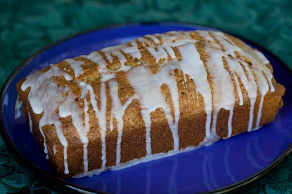 lemon-yogurt-pound-cake