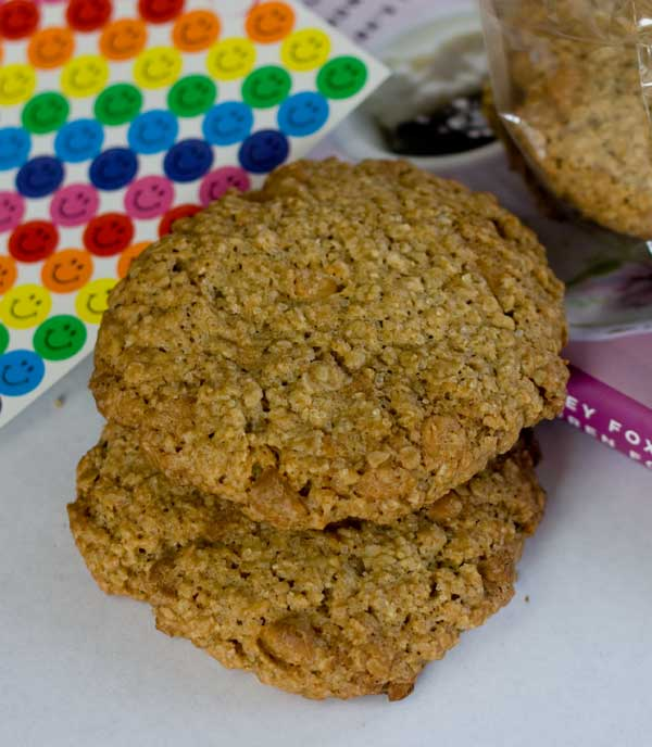 Alice's Tea Cup Rooibos Oatmeal Butterscotch Chip Cookies
