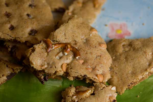 Chocolate Chip or Butterscotch Chip, Nut and Wheat Germ Cookie Bark