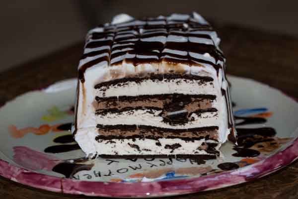 ice-cream-sandwich-cake-2