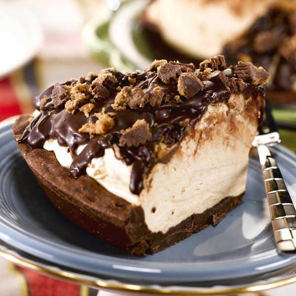 Peanut Buttter Cup Icebox Pie