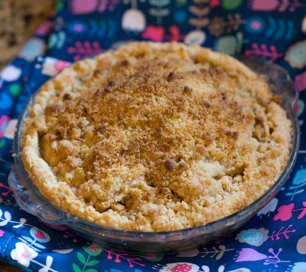 Cindy's Mom's Dutch Apple Pie