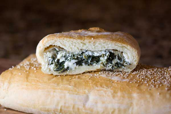 feta-spinach-loaf-cut