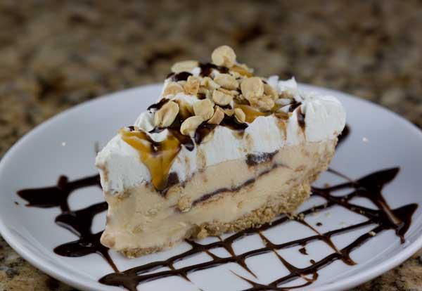 Tin Roof Sundae Pie - Cookie Madness