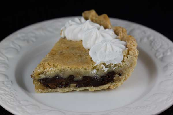 Kentucky Race Day Bourbon Chocolate Walnut Pie