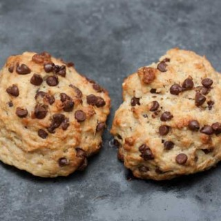 Vegan Chocolate Chip Scones