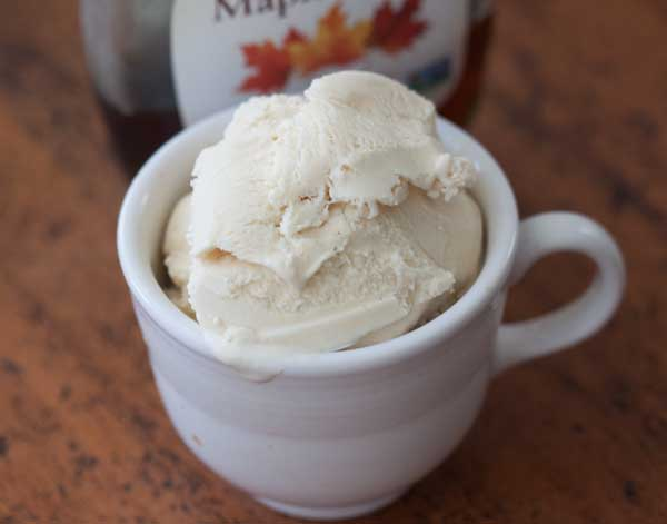 As promised, here's a recipe for maple ice cream.