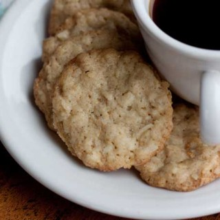 Crispy Demerara Sugar Coconut Tea Cookies