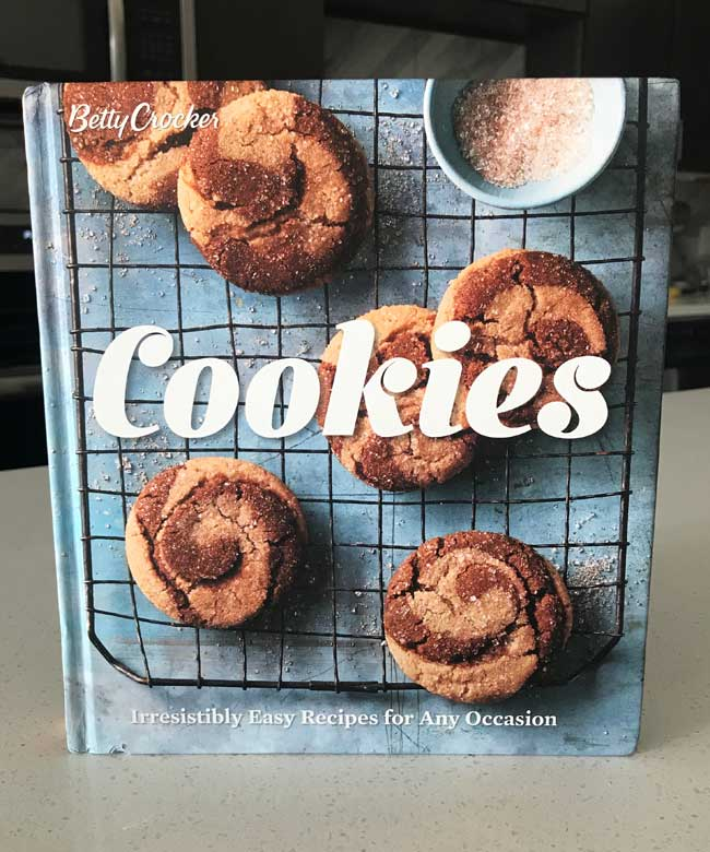 New Betty Crocker Cookie Cookbook
