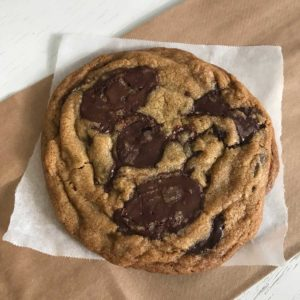 Bouchon Bakery Style Chocolate Chip Cookies